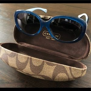 Coach Accessories - COACH Victoria Sunglasses w/ Coach Carrying Case